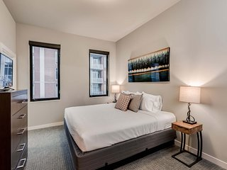 Charming Stay Alfred Split Level at The James