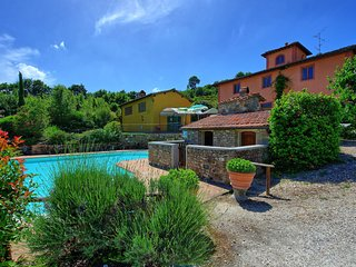 Villa Corti is a private house with pool, hot tub, A/C, WI-FI, near Florence!