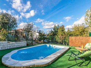 Amazing home in Puertollano w/ Outdoor swimming pool, Outdoor swimming pool and
