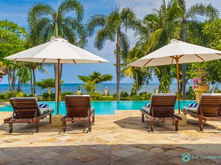 Villa Segara Murti · Lovina Private Beachfront ⭐️ ⭐️⭐️⭐️⭐️ Poolvilla