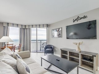 Penthouse Ocean Front King Suite at Patricia Grand