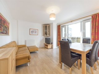 Quiet Elegant 2 beds 2 Bath Trafalgar Square