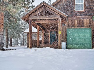 NEW! Modern Condo Comforts Near Town & Ski Trails!