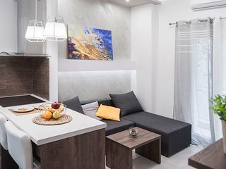 InCityBnB - CENTRAL Suite #3