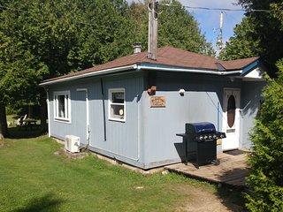 Cedars of Lake Eugenia -Cottage 5- Blue Cottage