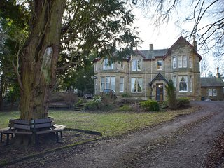 Heatherlie House, Elegant Victorian Country House