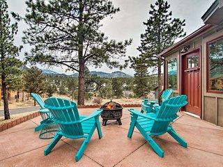 Charming Estes Park Cabin w/Patio & Mountain Views
