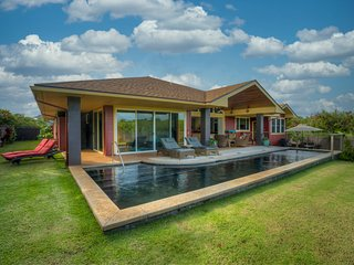 Beautiful Mountain View Pool Home in Poipu Beach