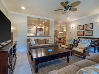 Regency Villas | Central AC | Pool | Beach Access