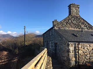 Gellibant cottage. Rural breath taking retreat. Snowdonia Nat. Park, North Wales