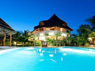 Fully serviced private villa at the Watamu beach.