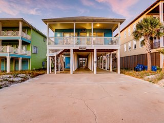 Centrally-located beach home w/private outdoor pool & sun deck
