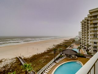 Gulf front getaway w/ beach access, a shared pool, hot tub, tennis, & more!