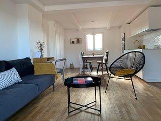 Là-Haut Appartement - Plein centre d'Annecy & Terrasse Vue Lac