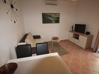 Family Apartment Mirela Borik