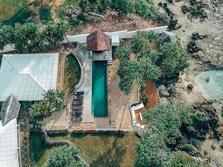Stunning Oceanfront Luxury Villa:Bukurabeachhouse