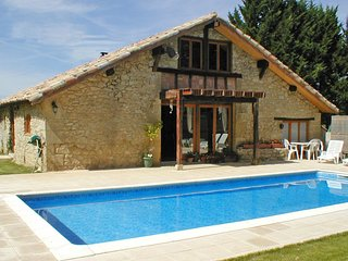 Beautiful converted barn with stylish French décor