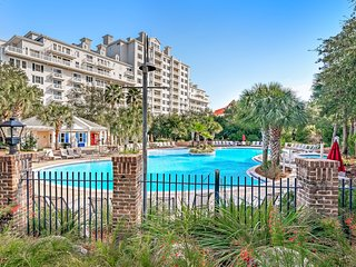 The full experience! A shared pool, hot tubs, private balcony, & so much more!