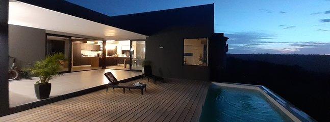 Castle Rock - Executive Villa - Plettenberg Bay, holiday rental in Harkerville