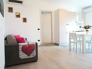 Otranto Holiday Home Sleeps 6 with Air Con and Free WiFi - 5826367