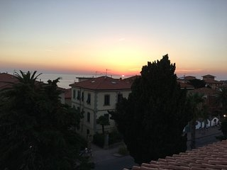 San Vincenzo Apartment Sleeps 6 with Air Con and WiFi - 5828187