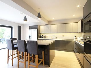 94 St Georges Road  - Sandwich - Modern family holiday home in the heart of Sand