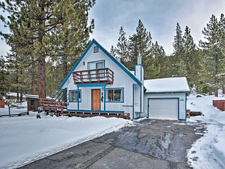 NEW! Luxe S. Lake Tahoe Cabin ~11 Mi to Heavenly!
