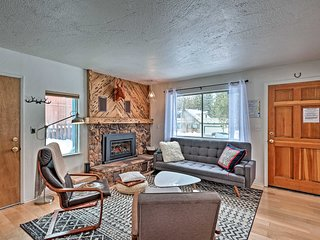 NEW! Peaceful Upscale Ski Cabin, 11 Mi to Heavenly