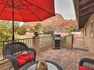 Cozy, Modern Sedona Apt w/ Patio & Red Rock Views!