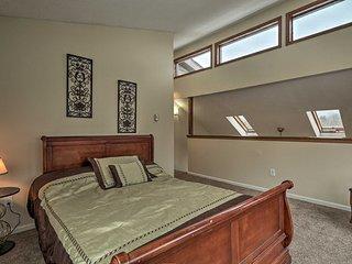 NEW! Poconos Mountain Retreat w/ Game Room + Decks