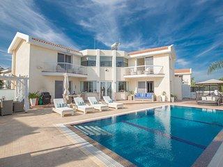 Protaras Villa Mandali MA7, Luxury 3 bedroom villa with pool & sea views