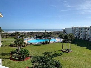 Ocean View Condo Perfect for the Entire Family at Colony Reef Club 2412