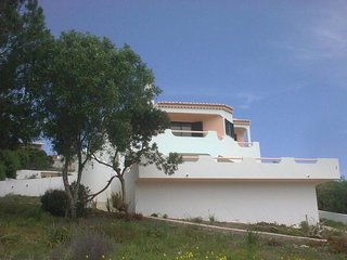 Inviting 4-Bed Villa in Burgau with Private Pool