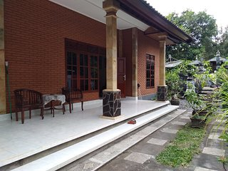 Large family house Bonda, full furnished.