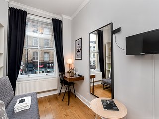 Bright Room in Trendy Home - Central Shoreditch (4)
