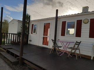 Bungalow 2 quartos em espaço verde, com piscina, perto da Nazaré