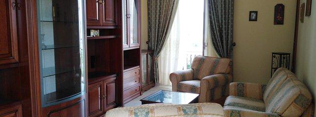 Beautiful apartment with sea view, casa vacanza a Priolo Gargallo