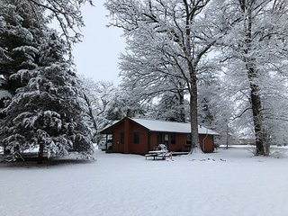 Kishauwau Cabins near Starved Rock Utica IL T.P.