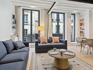 Chic 2Bedroom Apartment in the heart of Paris