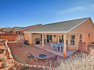 Modern Home <7Mi to Lake Powell & Antelope Canyon!
