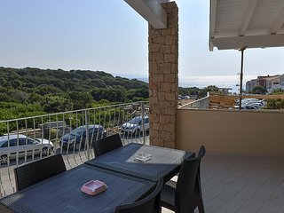 Isola Rossa Villa Sleeps 4 with Air Con - 5827543