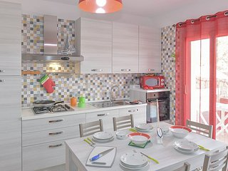 Isola Rossa Villa Sleeps 4 with Air Con - 5827541