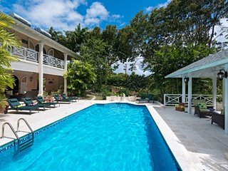 Villa Dene Court | Near Ocean - Located in Beautiful Saint James with Private