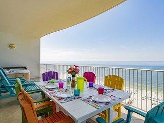 Balcony Hot Tub /Grill ~ Great Amenities ~ Amazing View ~ Sleeps 8 ~ Turquoise 1