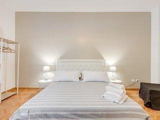 Piazza del Popolo charming flat