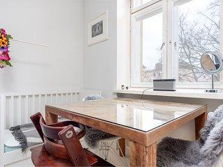 Modern & Scandinavian WeHost *Huvilakatu