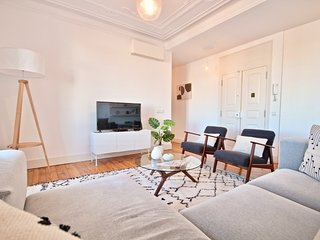Sesame Apartment, Rato, Lisbon, !New!