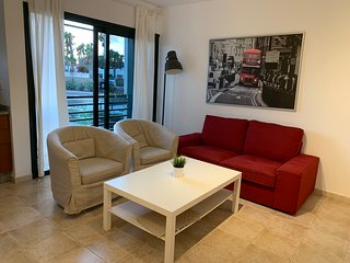 Apartment, La Botavara, 2 Bedroom. Town Centre.
