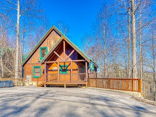 Rustic home w/ private hot tub, free WiFi, full kitchen, & shared pool access!