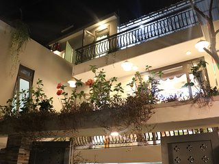 Quiet! Villa near Hoi An city center & 2 terraces.